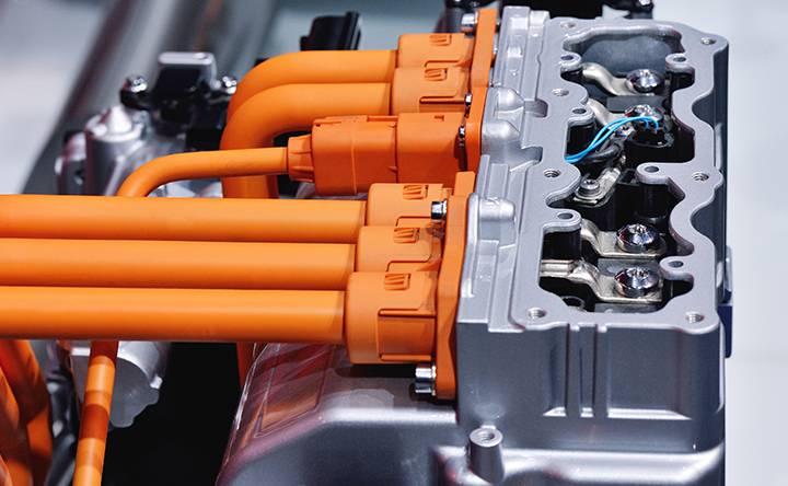 Precharging contactor Series C294